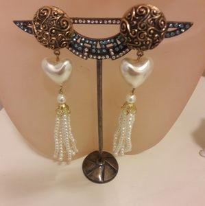 Vintage faux pearl dangling clip on earrings